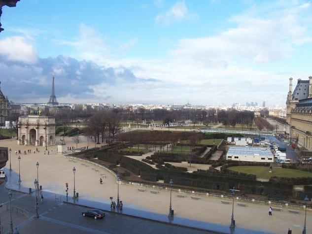 paris by sisterbonde