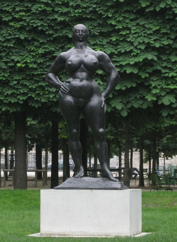 standing woman by ingerbonde